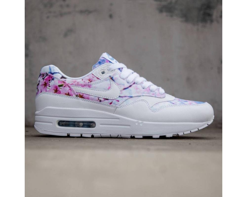 all the sneakers nike women air max 1 print cherry. Black Bedroom Furniture Sets. Home Design Ideas