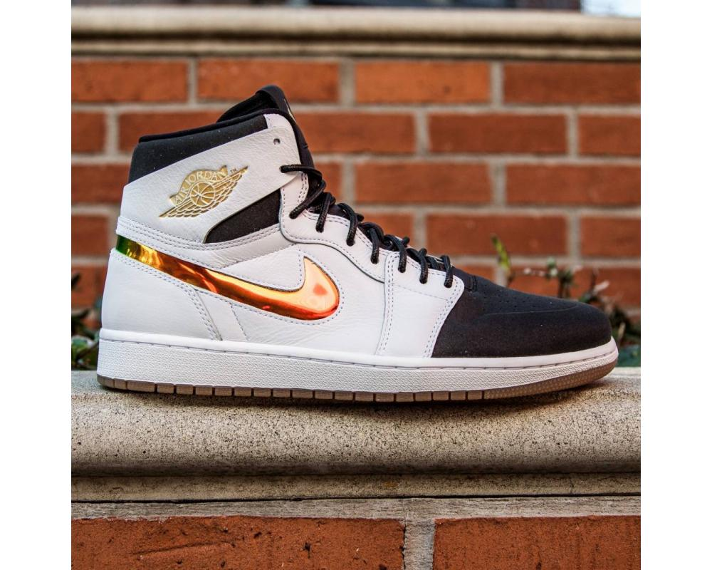 reputable site 886c3 aa70a Nike: Jordan Men Air Jordan 1 Retro High Nouveau Dunk From Above (819176-